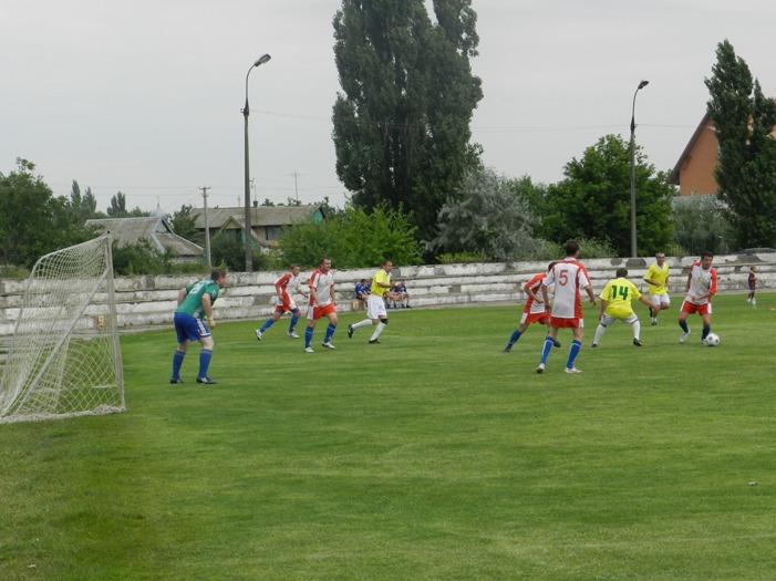 У Голій Пристані відбулися ігри з футболу серед команд ветеранів