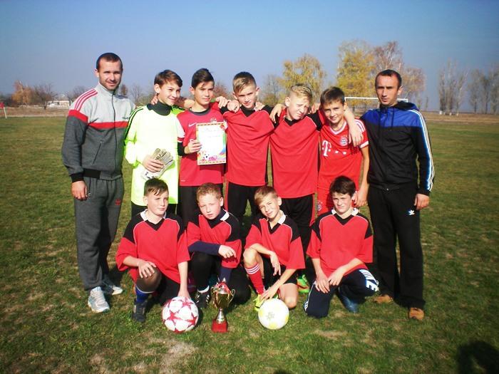 У Каховці фінішували районні змагання з футболу на призи клубу «Шкіряний м′яч»