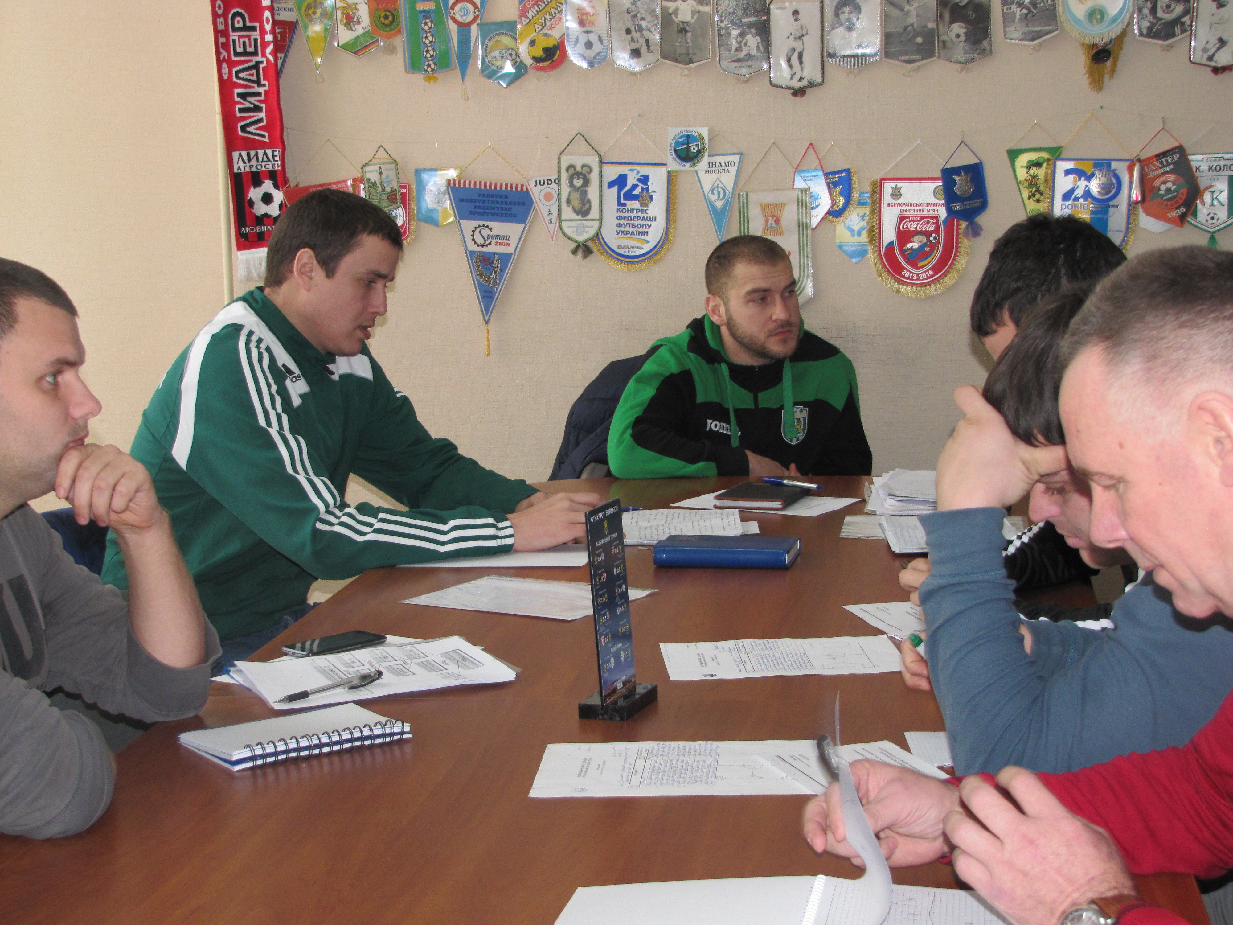 Дванадцять тренерів успішно склали іспити після навчального курсу за програмою «Диплом «С».