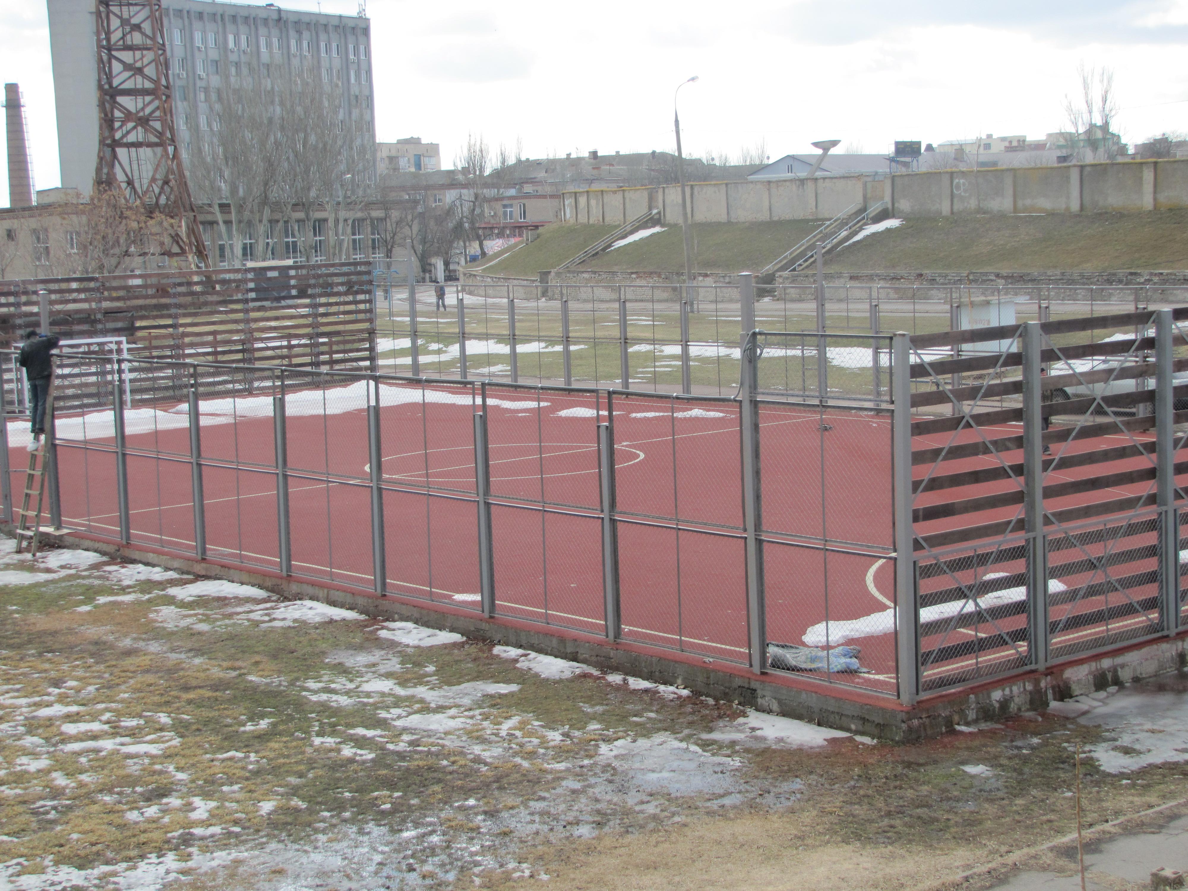 Відкриття нового сучасного спортивного майданчика у Херсоні