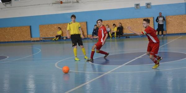 У фінальних змаганнях Чемпіонату Херсонської області з футзалу серед юнаків 2001-2002 років народження Херсонські команди зайняли усі три призові місця!