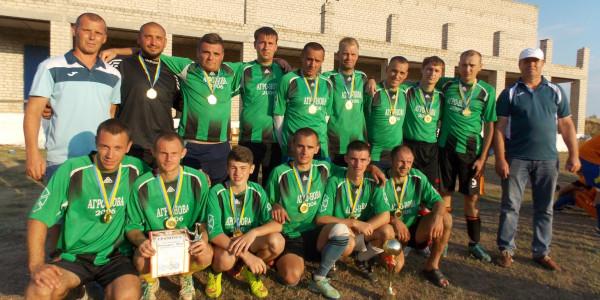 В Нижніх Сірогозах з нагоди Дня фізичної культури та спорту, пройшов традиційний міжрайонний турнір з футболу пам'яті загиблих учасників АТО