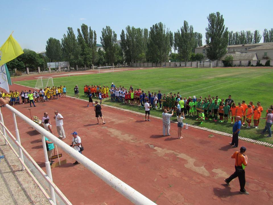 Естафету змагального духу в Скадовську прийняв футбол
