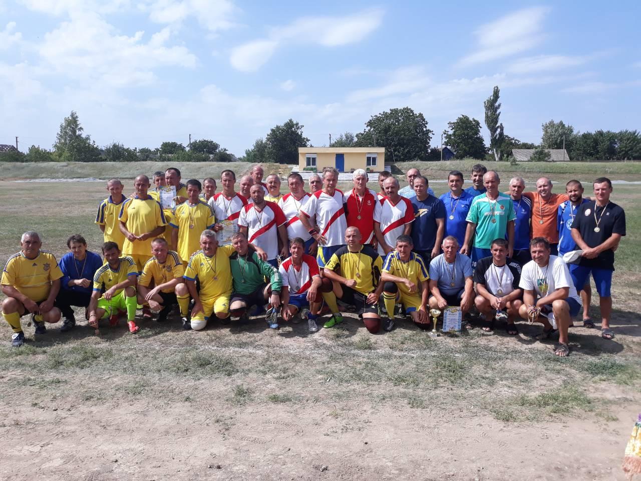 Турнір з футболу з нагоди Дня незалежності України серед ветеранів у Нижніх Сірогозах.