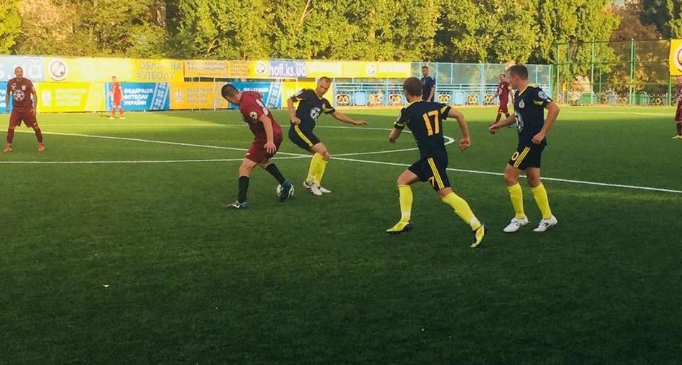 Херсонские футболисты-атошники сыграли в ничью