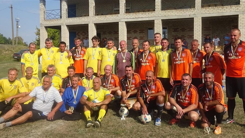 В Нижніх Сірогозах пройшов футбольний турнір ветеранів. Найстаршому гравцю виповнилося 82 роки