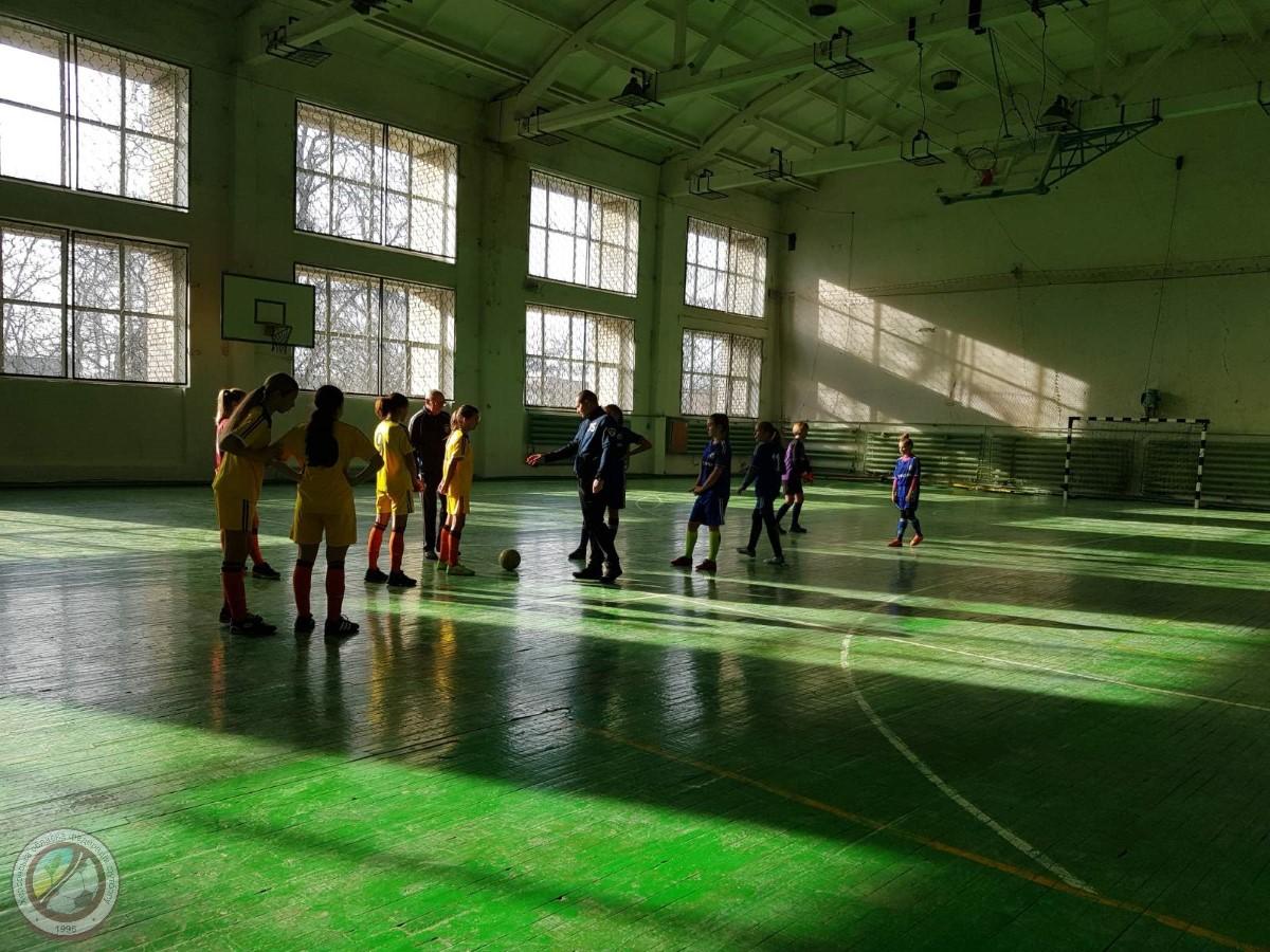 Чемпіонат Херсонської області з футзалу серед команд дівчат                                                         WU – 14. Перший тур