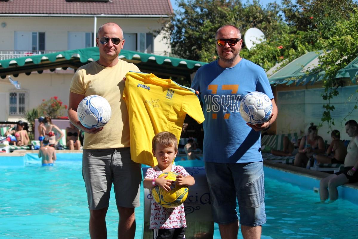 Вітаємо!!! Андрій Голоскевич – переможець благодійного аукціону для Дениса Карпенка!