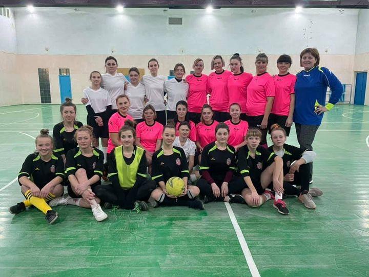 """В Білозерці відбувся """"Кубок солідарності-2021"""" з футзалу серед аматорських жіночих команд."""