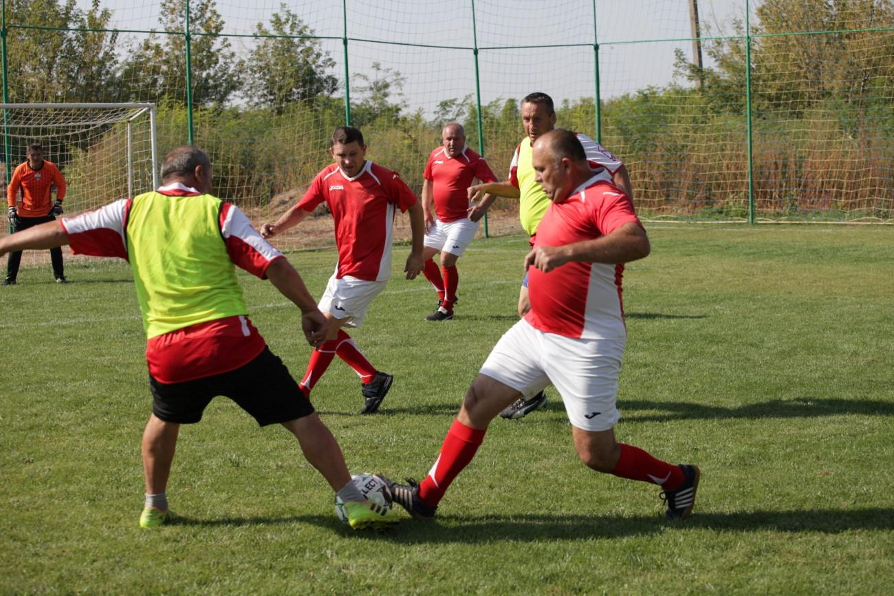 Турнір серед команд-ветеранів 50+.