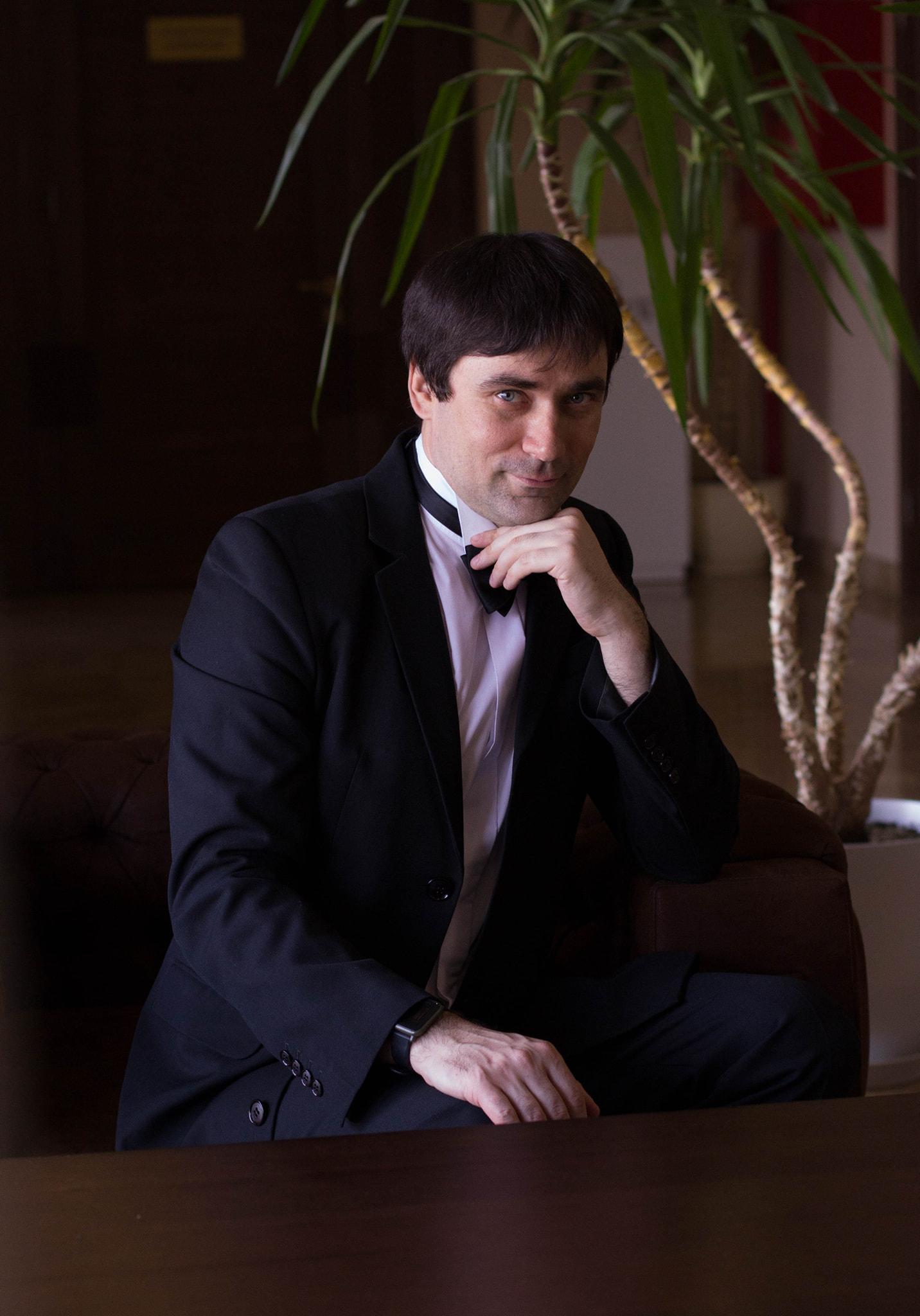 Вітаємо Максима Лозового з Днем Народження!
