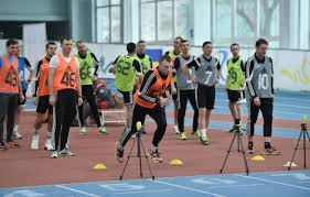 Арбітри Херсонщини успішно склали тест ФІФА з фізичної підготовки
