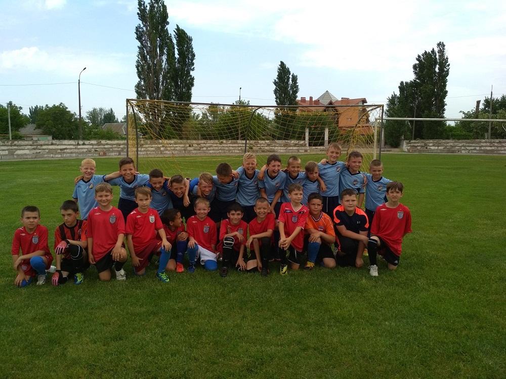 Товариські ігри з футболу в місті Гола Пристань