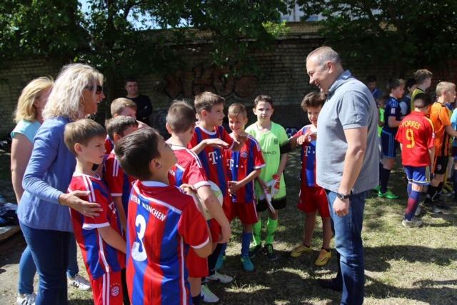 В Херсоне состоялись первые игры Кубка Путилова по футболу