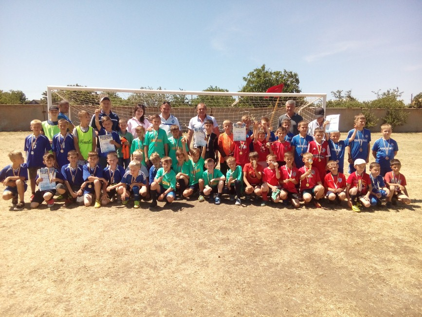 Міжрайонний дитячий турнір з футболу U-10  з нагоди відзначення Дня захисту дітей у Іванівці
