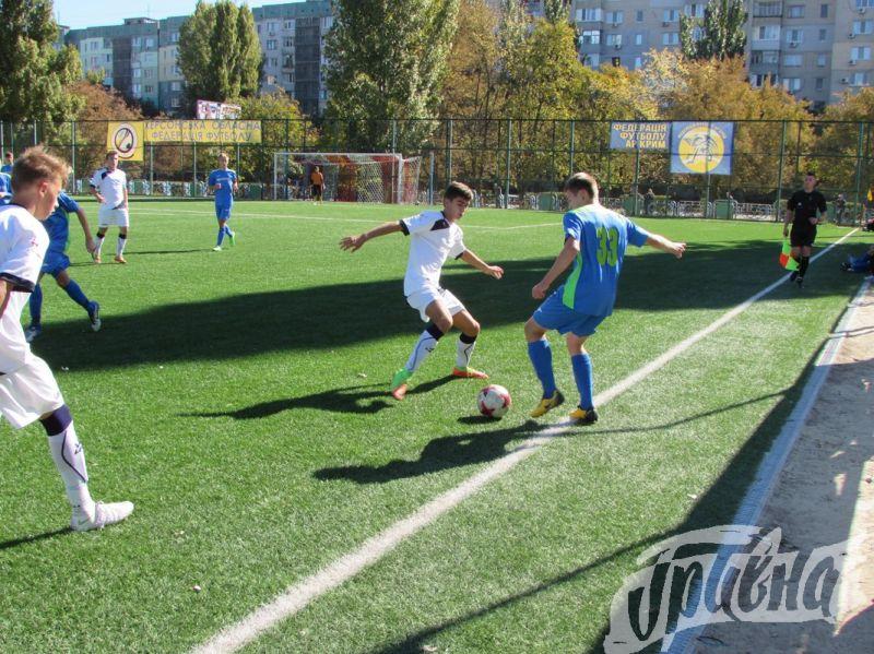 ДЮФЛУ 5 ТУР: Футбол: херсонская «Освіта» разгромила одесситов