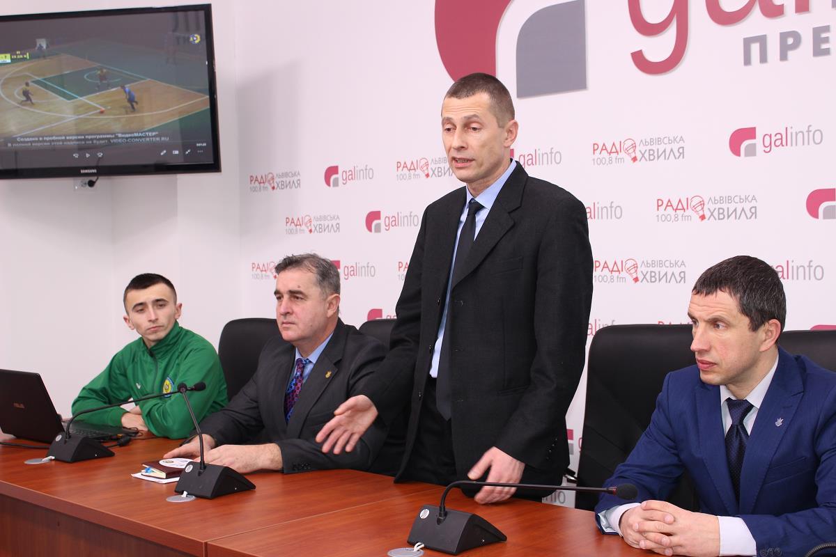Внимание! Внимание! Сегодня в кафе «Спорт» Председатель Комитета арбитража АФУ Сергей Кравцов проведет семинар