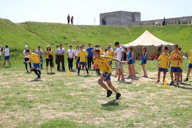 """В Асканії Нова пройшли фінальні змагання з футболу """"Шкіряний м'яч"""""""