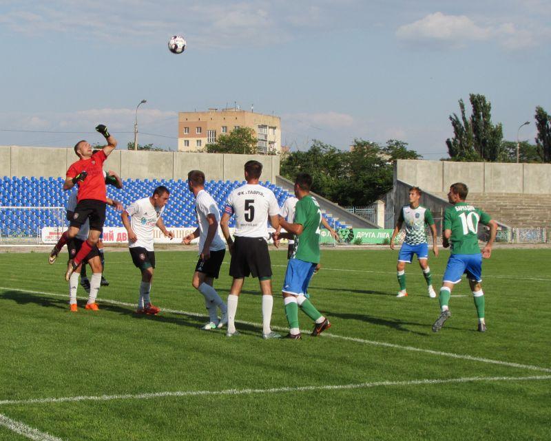 Футбол: в последнем контрольном матче «Кристалл» сыграл вничью