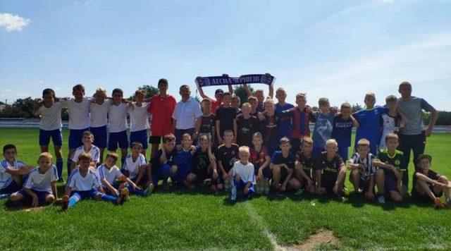 Юные Генические футболисты сыграли товарищеский матч с детской командой участника Премьер-лиги Украины