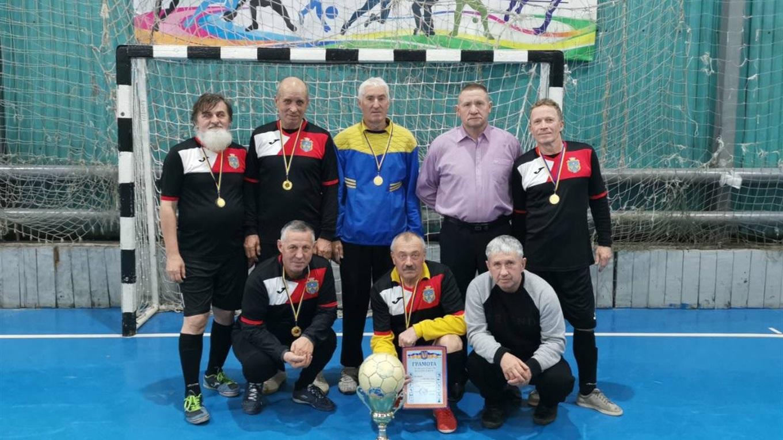 Ветерани футболу з Нижніх Сірогоз вибороли золоті нагороди в футзальному турнірі Запорізької області